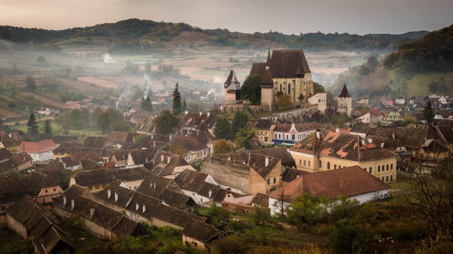 The_Fortified_Church_In_Biertan_Romania_(254853333)
